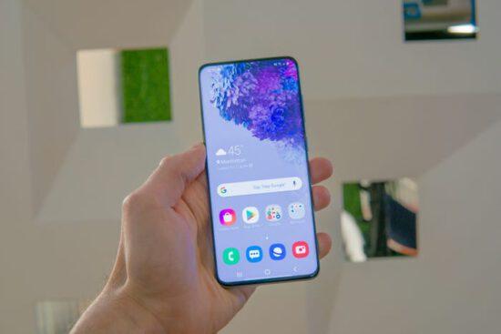 مقایسه سری Galaxy S20 سامسونگ با سری iPhone11 اپل