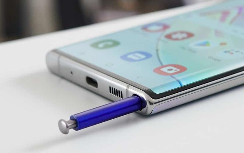 گوشی قلم دار